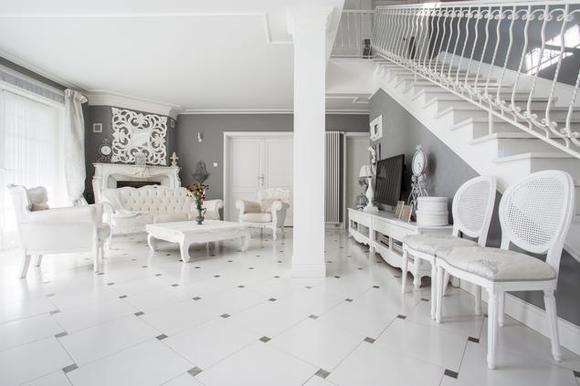 Zobacz galerię zdjęć Salon w stylu glamour Aranżacja wnętrza  Stronywnętrz   -> Kuchnia W Stylu Glamour Galeria