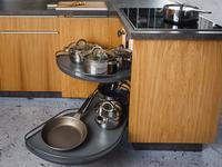 Antracytowe systemy kuchenne. Nowe carga, kosze Peka