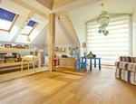 Rolety do pokoju dziecka – jak urządzić pokój funkcjonalnie i z pomysłem?